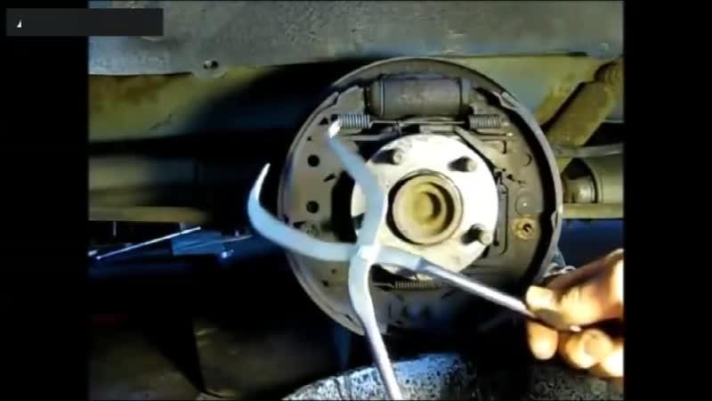 Специальные щипцы для установки тормозных пружин