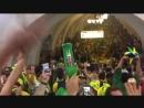 Бразильцы отпраздновали победу команды вмосковском метро