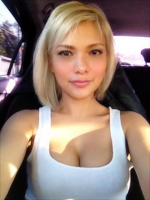 Girl strip nude video