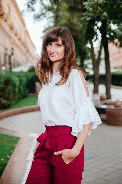 Елена Кратович