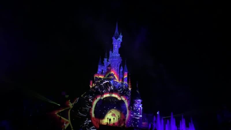 Disneyland illuminations Show 2019
