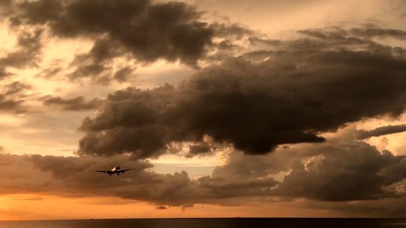 Посадка самолета на Пхукете
