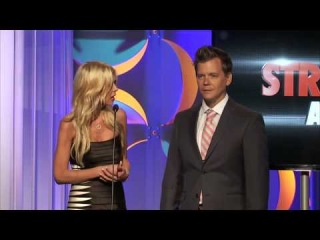 Jack Vale and Tara Reid Present Best Action/Sci-Fi Series - Streamy Awards 2014