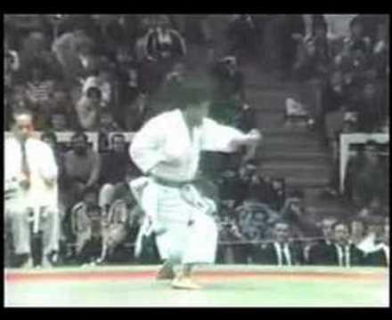 Shotokan Kata Unsu by Yahara