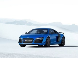 Первый в мире автомобиль с лазерными фарами Audi R8 LMX