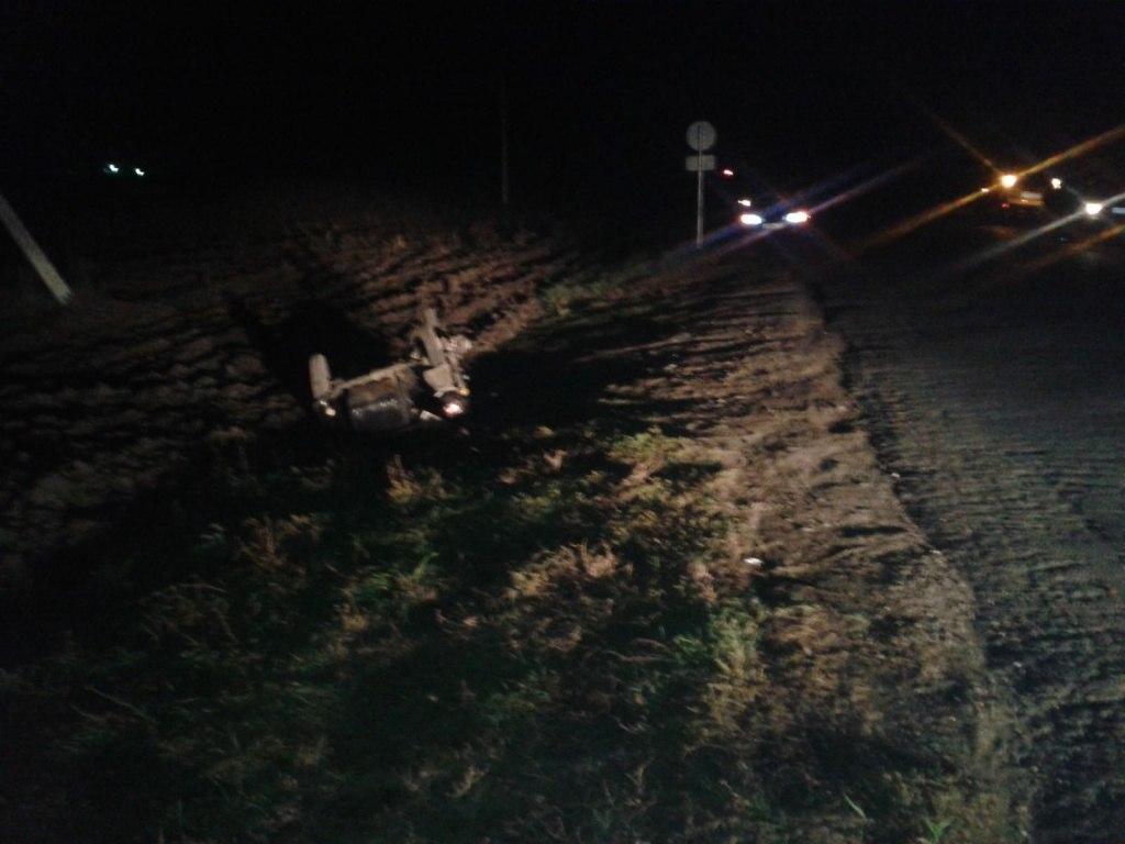 Под Таганрогом мотоциклист столкнулся с Chevrolet Lanos, пострадали два человека