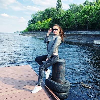 Татьяна Лопатина