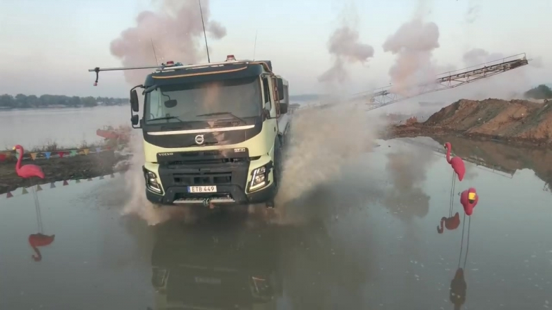 Volvo Trucks - Look Who's Driving feat. 4 year old Sophie (Live Test)