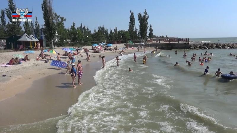 Водолазы МЧС ДНР очистили дно акватории пляжа в Седово