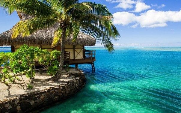 Бунгало на Мальдивских островах.