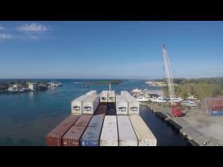 2016.05.13 vanquish arrival in french harbour roatan isles, honduras-