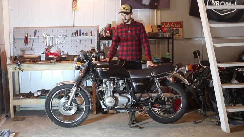 Ремонт, восстановление и кастомайзинг мотоцикла Honda CB550 F 1976 года.