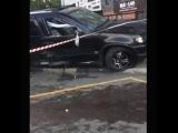 BMW наехал на остановку в Москве есть пострадавшие