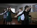 Танец на день матери в школе