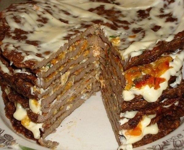 Печеночный торт для печеночных блинов: печень - 600г; яйцо -