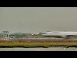 Ускоренная киносъемка движения самолетов в аэропорту Логан, Бостон