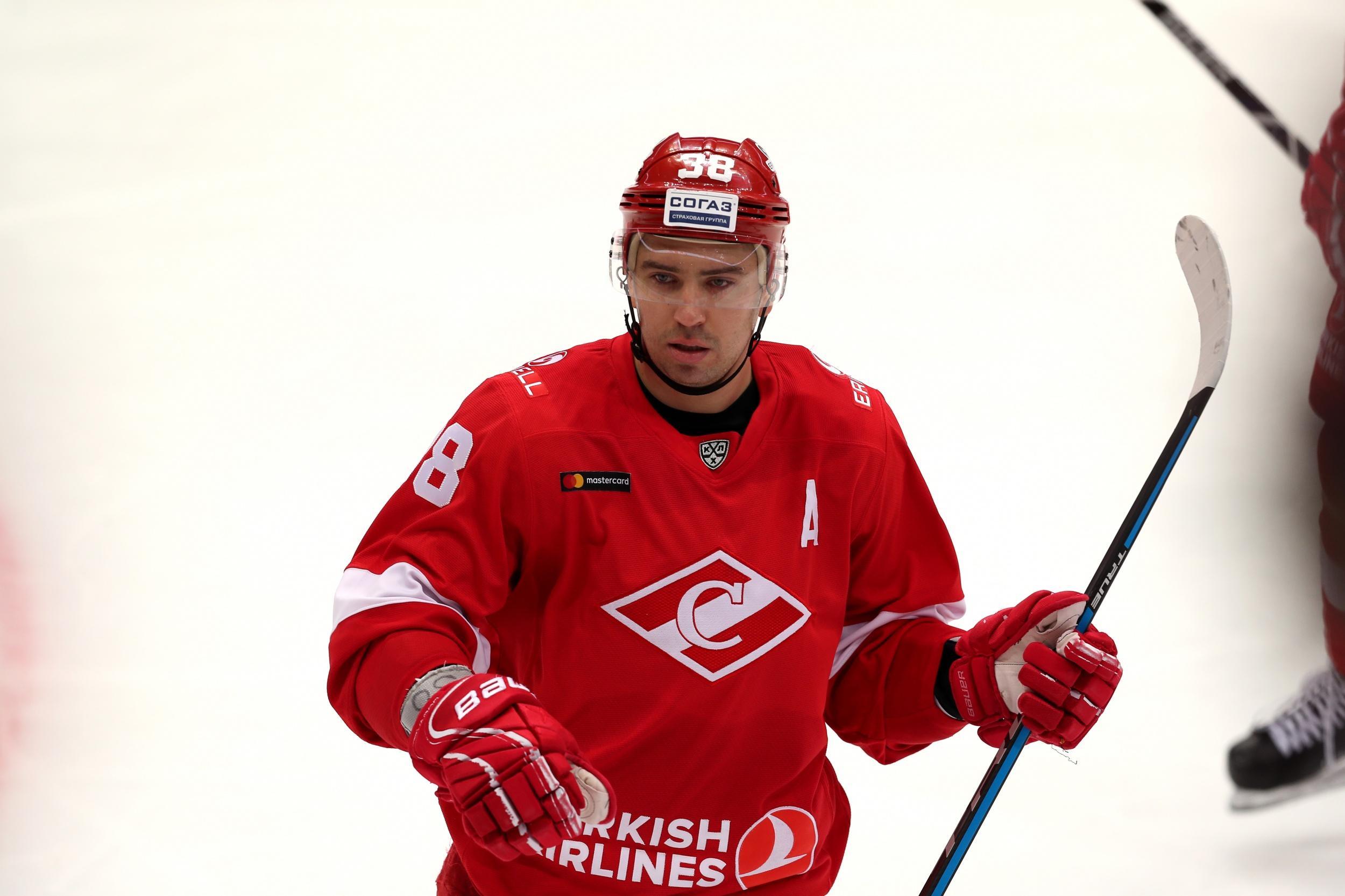 Илья Зубов