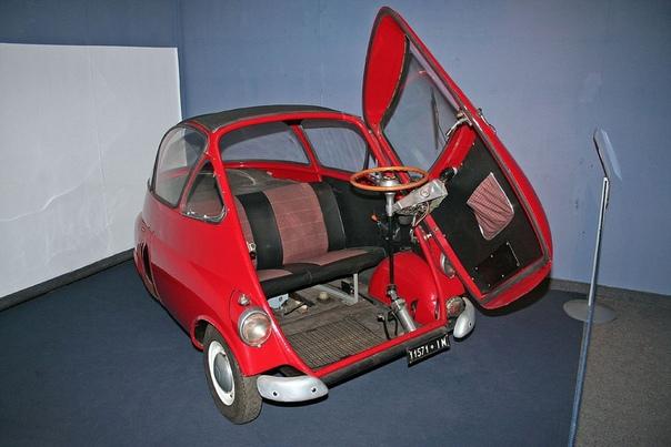 MW Isetta. Isetta был одним из самых успешных микроавтомобилей, производившихся в период после Второй мировой войны в годы, когда дешёвый транспорт на коротких расстояниях являлся наиболее