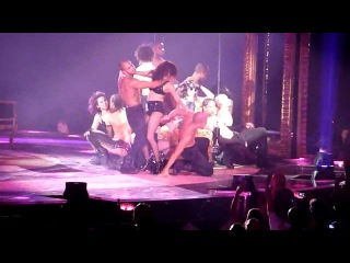 10 Get Naked (Paris 5) HD