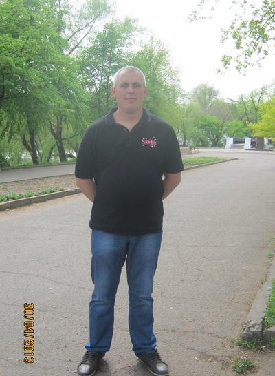 Олег Мельниченко, 28 февраля , Кривой Рог, id41699905