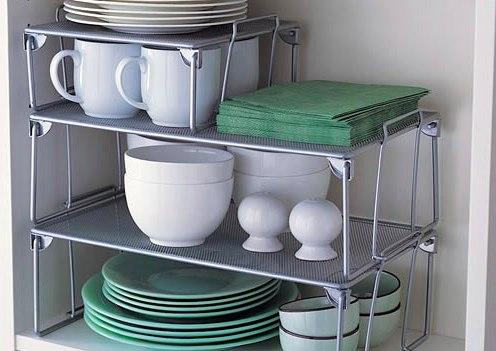 30 суперидей хранения на кухне, которые нельзя пропустить Перфорированная настенная панель, корзины-сетки, магнитная планка – мы собрали лучшие, а также бюджетные и практичные идеи хранения кухонной утвари и аксессуаров. Они точно не оставят беспорядку шанса