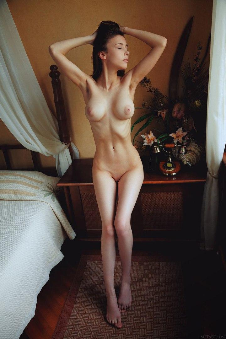 Slim blonde with zero tits fucks