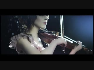Lindsey stirling - shatter me featuring (feat lzzy hale vox - halestorm)