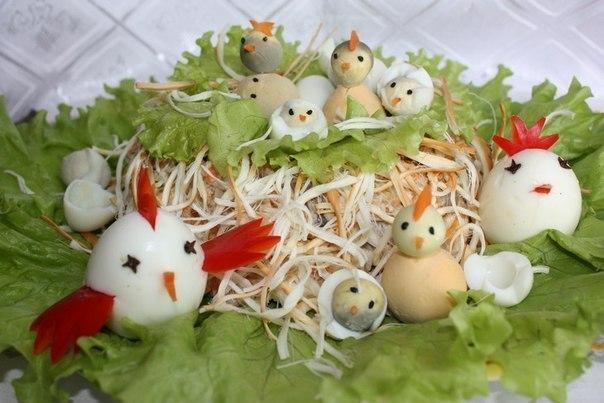 Куриное гнездо салат