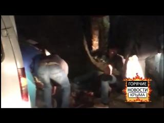 В Симферополе мотоцикл врезался в дерево, погибли двое