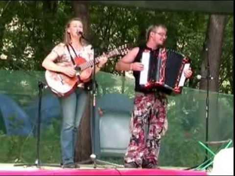 Г. Хомчик и С. Войтенко - Бабье лето (Грушинский фестиваль, 2009)