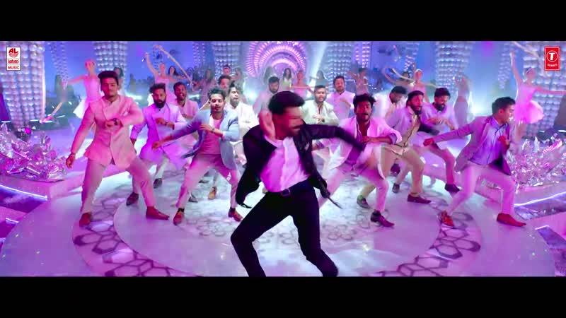 Клип Ek Baar из фильма Виная Видея Рама Рам Чаран Теджа Киара Адвани Вивек Оберой Эша Гупта
