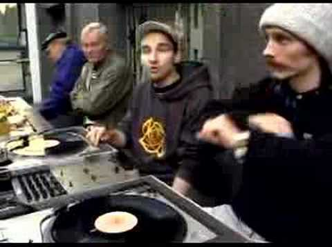 Gustavo, Guiseppe Roberts Gobzinsh - Aka Hip Aka Hop Video