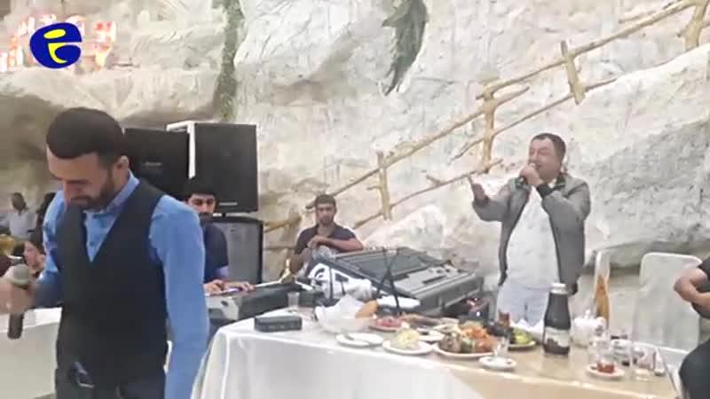 Lenkeran Toyunda Super duet_ Cavad Recebov ve Elnur Valeh - Nankor Insan 2018.avi