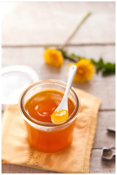 Мед из одуванчиков. Готовое варенье похоже на мед