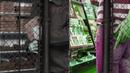 Воры - Шоплифтинг shoplifting развлечение современных юнцов