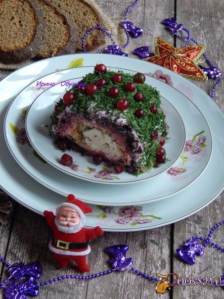 """Салат """"Сыр в шубе"""" достойное украшение праздничного стола."""