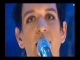 "Placebo ""English Summer Rain""  live on  Rove 2004"