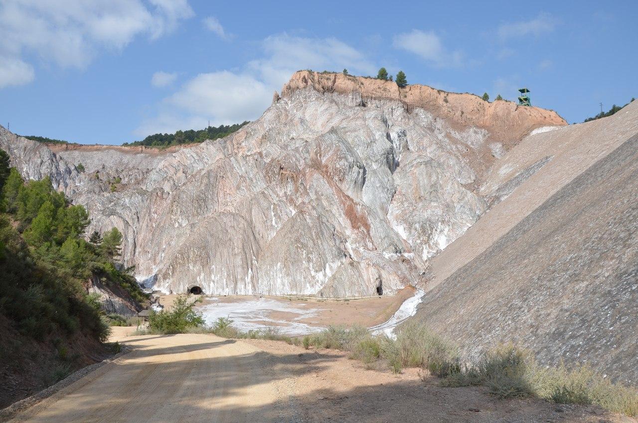 Соляной обрыв в Кардоне