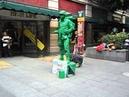 Soldado de Toy Story en el Andador Madero DF