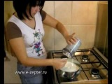 Слоёный торт с физалисом и малиной - видео рецепт