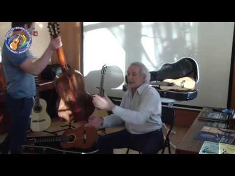 Александр Виницкий представляет на своей Гитарной Школе гитары мастера Романа Благодатских.