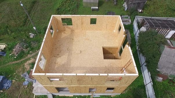 Монтируем стены второго этажа дома #ультрасип_сосново4 👍👌