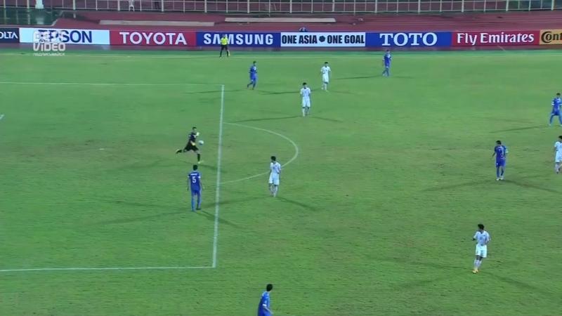 Вратарь сборной Узбекистана забил гол команде КНДР от своих ворот