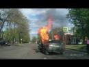 Газ Взрыв Горит сексуальная блондинка Баба за рулем Газовый баллон Сгорела за ру