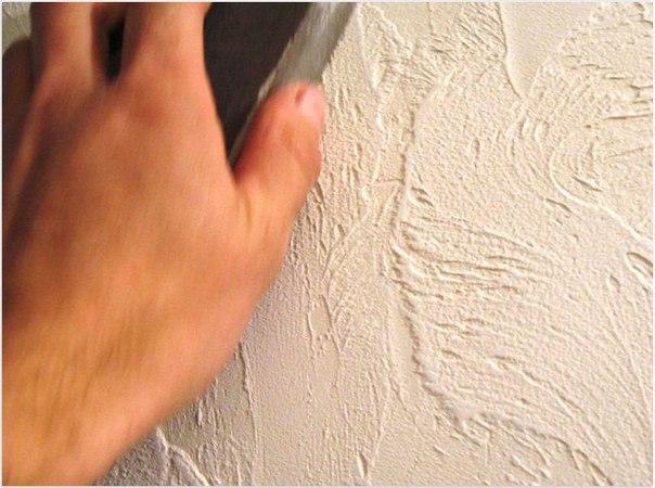 Декоративная штукатурка стен Совсем недавно декоративная штукатурка считалась редким и даже экзотическим отделочным материалом. А сейчас это один из самых популярных материалов для отделки. Отделка стен декоративной штукатуркой открывает гораздо больше возможностей для реализации своих идей, нежели стандартные виды отделки стен, такие как оклейка их обоями или простая окраска. В настоящее время существуют следующие виды декоративной штукатурки: Штукатурные составы, на поверхность которых…