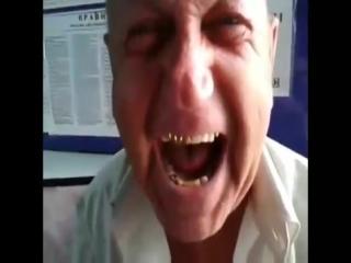дед рассказывает анекдот (480p)(0).mp4