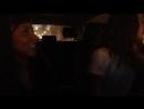 Катя и Саша в машине орут песню