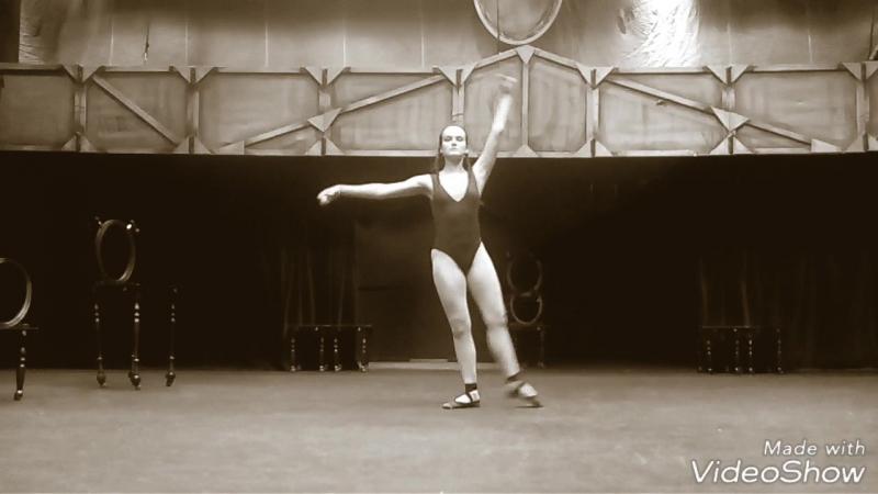Классика. Актриса играет балерину