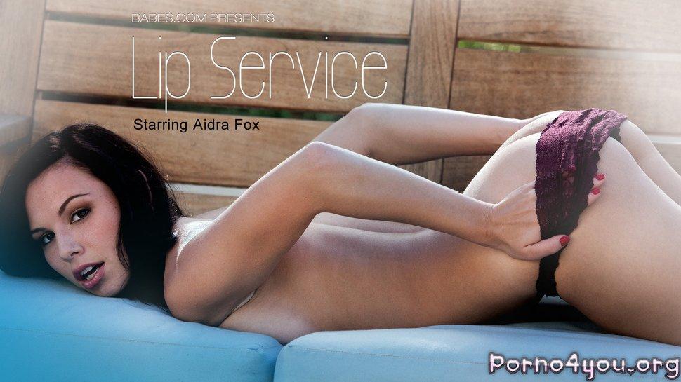 Обслуживание розовых половых губ Aidra Fox