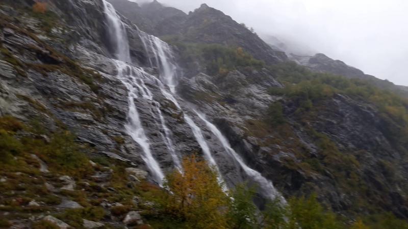 Архыз. Софиевские водопады, сентябрь.